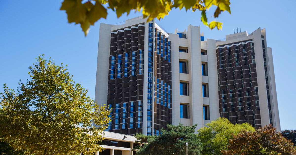 University housing services illinois state for Watterson dining